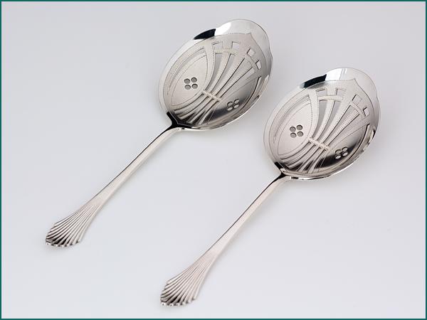 Zilveren natfruitlepel model waaier uit 1911-0