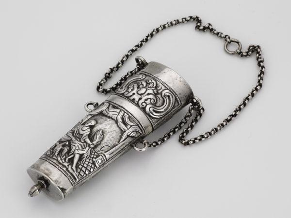 Zilveren chatelainekoker ca. 1790-1800-0