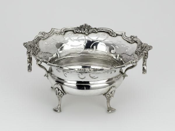 Zilveren kandijbakje uit 1763-0