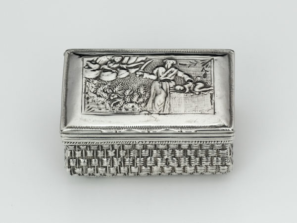 Zilveren snuifdoos uit 1801-0
