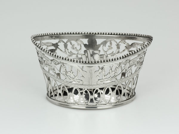 Zilveren mandje uit 1806-0