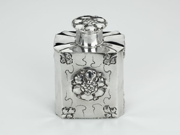 Zilveren theebus uit 1725 (Rotterdam)-0