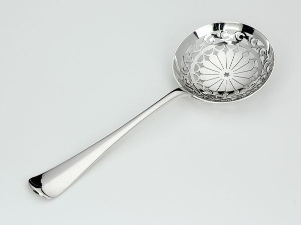 Zilveren Haags lofje natfruitschep uit 1919-0