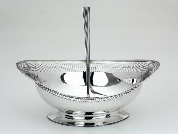 Zilveren hengselschaal uit 1805-0